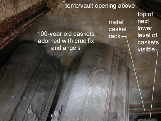StonePics: Tombs/Vaults in Czech Cemeteries